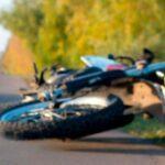 Accidente deja a dos motociclistas heridos